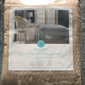 Quilted Triple Knit Blanket - King - Taupe